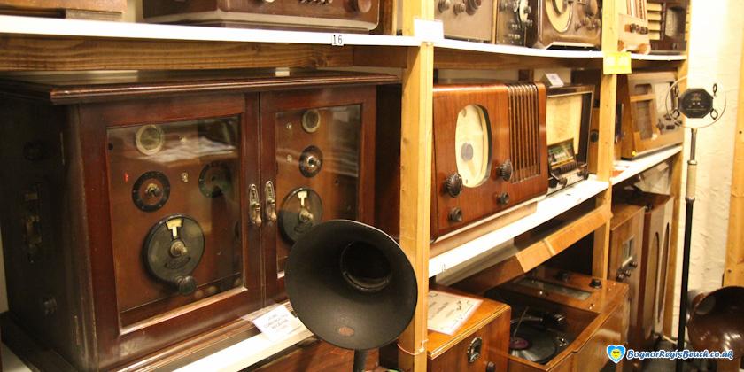 Bognor Regis Museum wireless collection