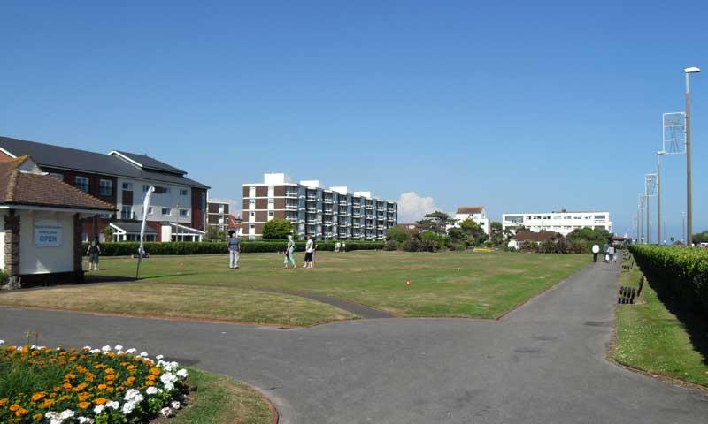 Marine Park Gardens putting green