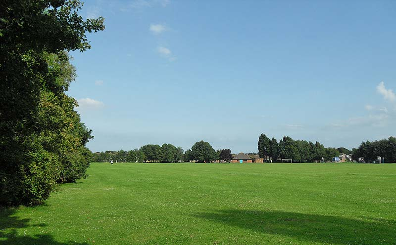 Avisford Park Rose Green looking east